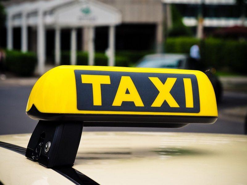 Taxi conventionné : les avantages de ce moyen de transport